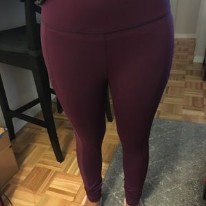 Fabletics Leggings with Side Pockets and Mesh